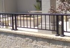 BeardAluminium railings 90